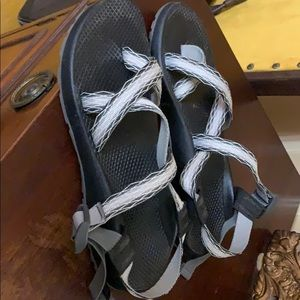 Chaco sandals like new!